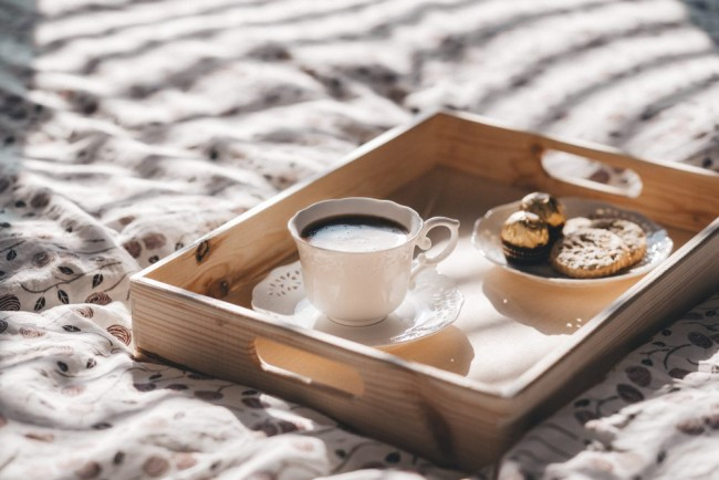 coffee_in_bed-1000x667