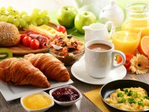 Breakfast,Served,With,Coffee,,Orange,Juice,,Egg,,Rolls,And,Honey.